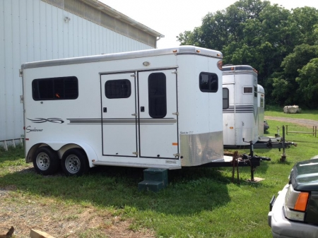 Clean Barely Used 2 Horse Bumper Pull Trailer