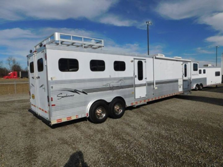 Big Full Living Quarters 3 Horse Trailer Bunk Beds Couch Mid Tack